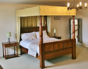 Leslie room at Leslie Castle